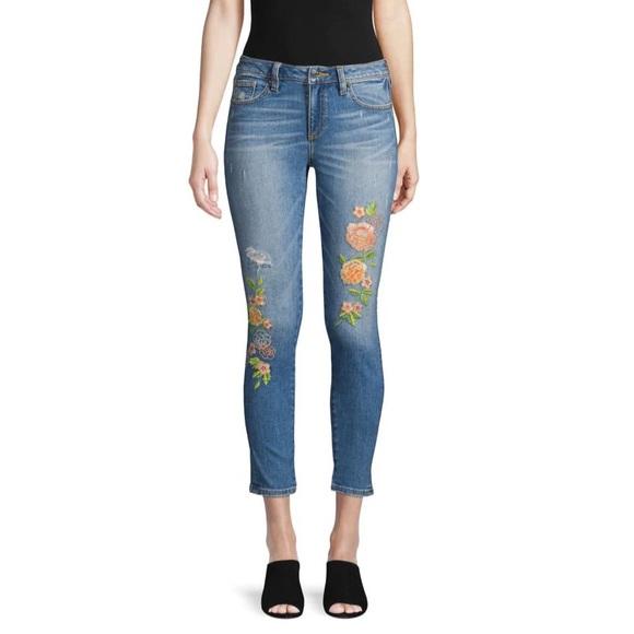 Miss Me Denim - Miss Me Floral Embroidered Crop Jeans